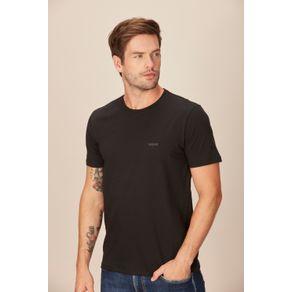 Camiseta-Masculina-Casual-Detalhe-Aplicacao-Acostamento-Preto