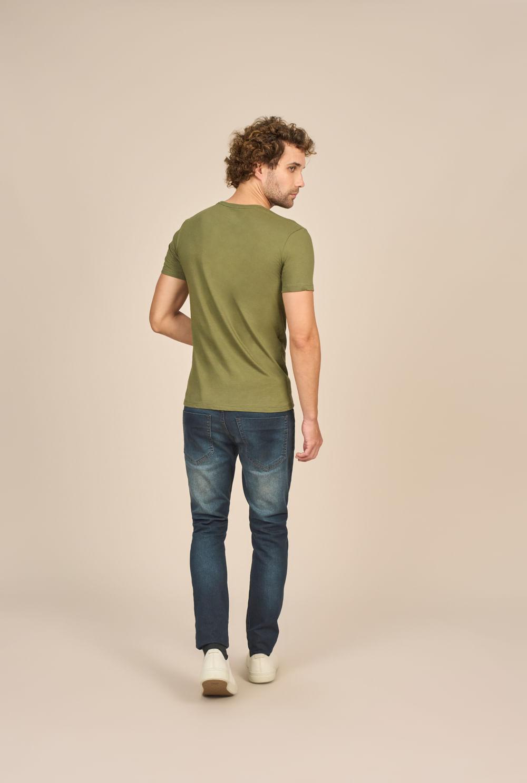 Camiseta Masculina Casual Estampada Acostamento
