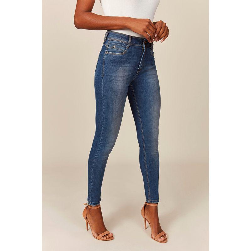 Calca-Jeans-Feminina-Casual-Acostamento